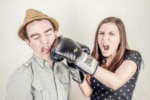 Was du sofort tun kannst, wenn du als Frau nicht ernst genommen wirst